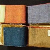 Stofstalenboekjes van de firma Metz & co. met stoffen naar ontwerp van Bart van der Leck die zijn toegepast in Huis Sonneveld te Rotterdam.